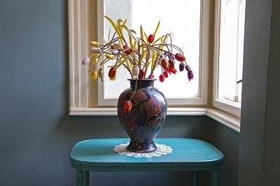 canape-apartment-decoration-vase